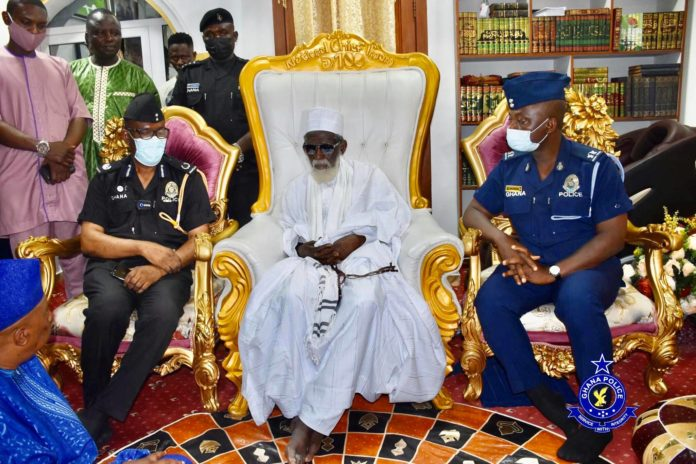IGP donates to the office of the National Chief Imam