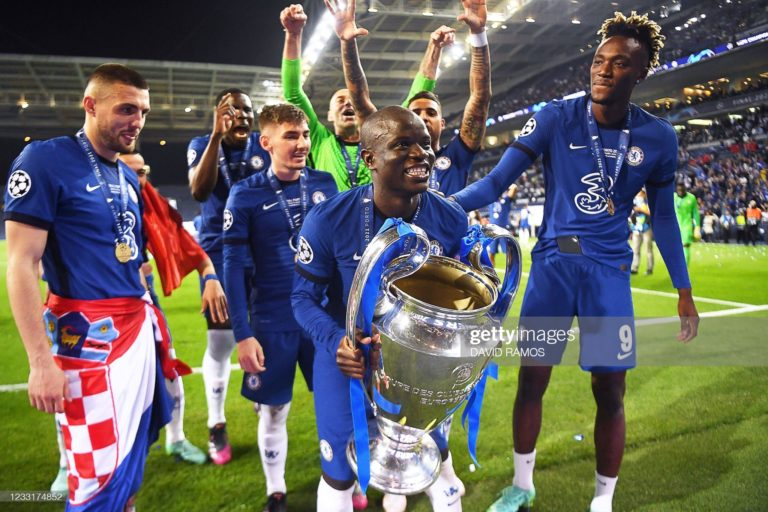 The moment Chelsea lift the champions league trophy