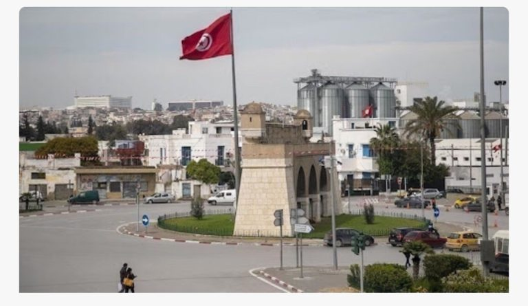 Tunisia relaxes curfew as outbreaks slows